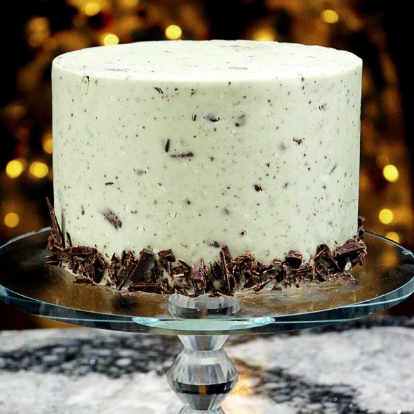 THE most delicious gourmet, fondant EVER! Mint Chocolate Chunk! Real chunks of dark chocolate, natural mint, and a not-too-sweet fondant.