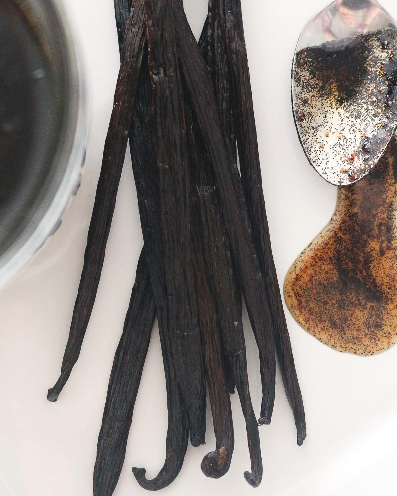 How to Make Your Own Vanilla Bean Paste and Save Money